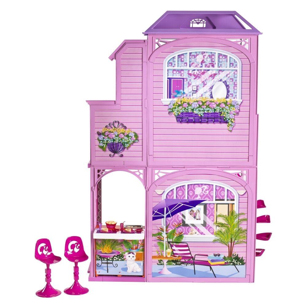 Замечательный кукольный домик замок